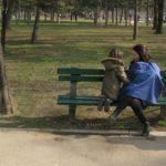 Dojenje u prirodi sa Bebarama maramom za dojenje